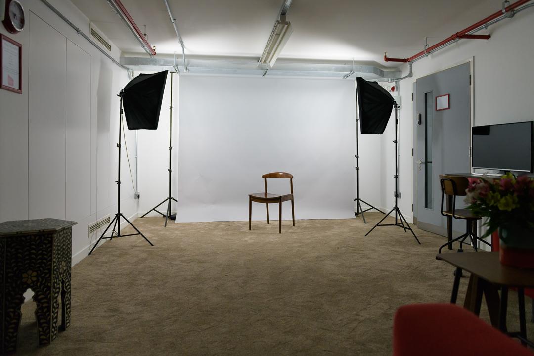 Diorama Studio